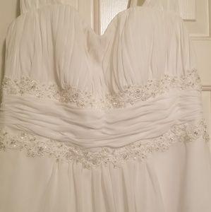 Dresses & Skirts - Wedding Dress